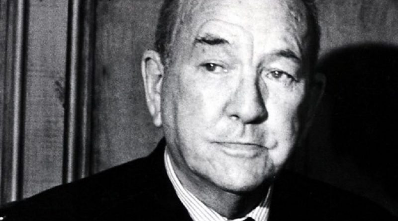 sir nol peirce coward 3 800x445 - Sir Noël Peirce Coward Biography - life Story, Career, Awards, Age, Height