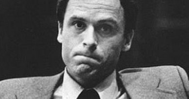 ted bundy 1 390x205 - Ted Bundy Biography - life Story, Career, Awards, Age, Height