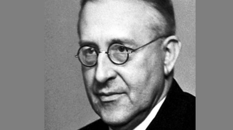 victor francis hess 1 800x445 - Victor Francis Hess Biography - life Story, Career, Awards, Age, Height