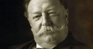 william howard taft 1 1 390x205 - William Howard Taft Biography - life Story, Career, Awards, Age, Height